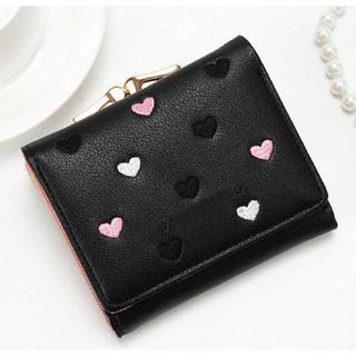 【新品】レディース 折り財布 ハート柄 ブラック がま口 カード たっぷり(財布)