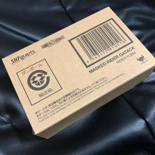 BANDAI - 新品未開封 真骨彫製法 S.H.Figuarts仮面ライダーガタック