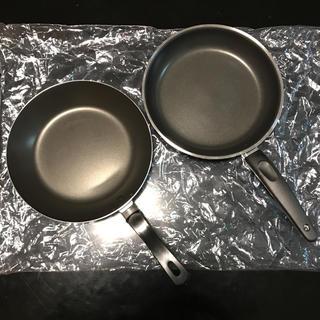 イケア(IKEA)の新品 IKEA フライパン2個セット(鍋/フライパン)