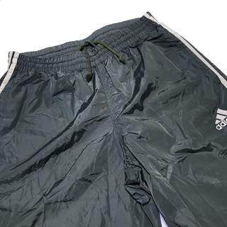 アディダス(adidas)のアディダス ナイロンパンツ シャカパン 緑 カーキ Lサイズ(その他)
