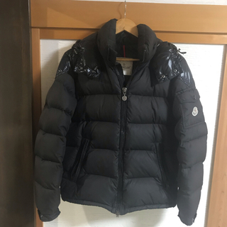 MONCLER - モンクレール シェバリエ CHEVALIER