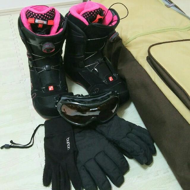 asics(アシックス)のスノボ☆レディース☆オールセット スポーツ/アウトドアのスノーボード(ウエア/装備)の商品写真