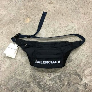 Balenciaga - バレンシアガ ボディバッグ ウエストポーチ