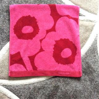 マリメッコ(marimekko)のマリメッコ バスタオル 約95×45(タオル/バス用品)