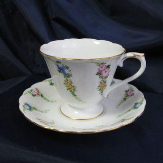 オオクラトウエン(大倉陶園)の大倉陶園 手描き 小花柄 コーヒーカップ(食器)