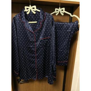 ジーユー(GU)のGU サテンドットパジャマ XXL 大きいサイズ 新品未使用 タグ付き(パジャマ)