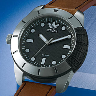 アディダス(adidas)のadidas 日本未発売 腕時計(腕時計(アナログ))