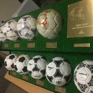 アディダス(adidas)のアディダス サッカー FIFAワールドカップ ミニボール 1970年~2002年(記念品/関連グッズ)