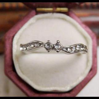 シンプルなラインストーンのデザインシルバーリング指輪大きいサイズ(リング(指輪))