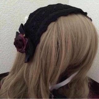 イノセントワールド(Innocent World)の黒薔薇ヘッドドレス(カチューシャ)