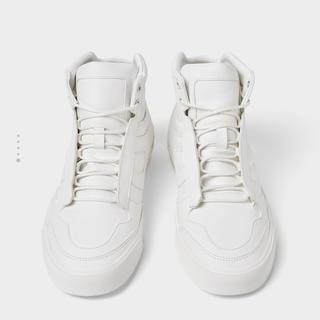 ザラ(ZARA)のQuilted white high-top sneakers(スニーカー)