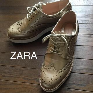 ザラ(ZARA)のZARA ブルーチャー ゴールド 35 美品 ぽよ様専用です。(ローファー/革靴)