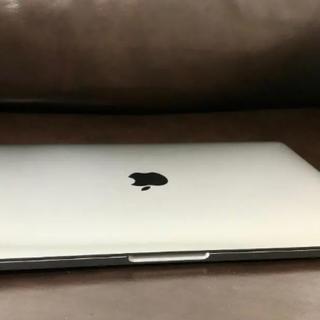 マック(Mac (Apple))の【ほぼ新品】Apple MacBook Pro (13-inch, 2017)(ノートPC)