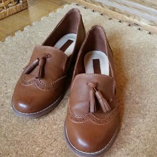 フォーエバートゥエンティーワン(FOREVER 21)のFOREVER21 靴(ローファー/革靴)