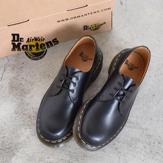 ドクターマーチン(Dr.Martens)のUK5 24cm 専用靴磨き&防水スプレー付!(ブーツ)