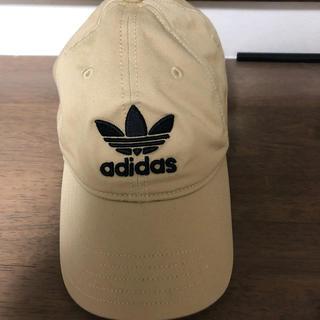 アディダス(adidas)の美品 アディダス ベージュ キャップ(キャップ)