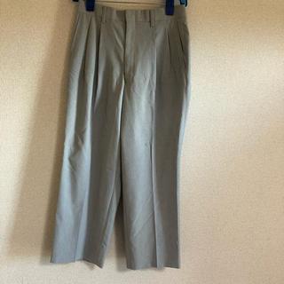 ライトグレー パンツ(スラックス/スーツパンツ)