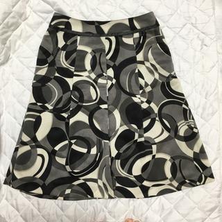 スタイルコム(Style com)のスタイルコム グレー系 ボックススカート ひざ丈 日本製 9号 美品(ひざ丈スカート)