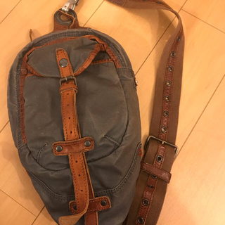 タフ(TOUGH)のTOUGH bag(ショルダーバッグ)