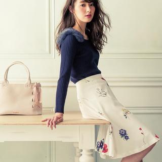 ミッシュマッシュ(MISCH MASCH)の美品 ホワイト 花柄スカート ミッシュマッシュ (ひざ丈スカート)