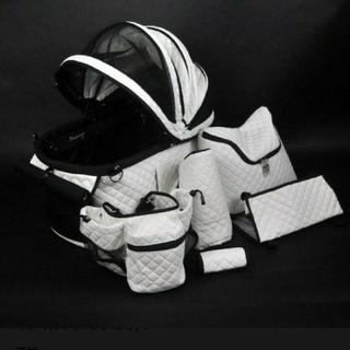 コンビ(combi)の新品未使用 天使のカート  ポルテホワイトキルト S(犬)