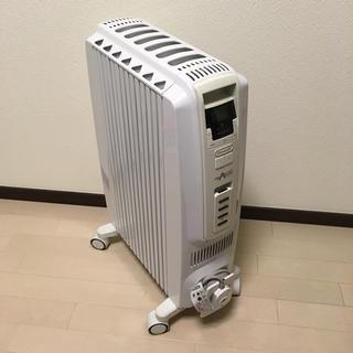 デロンギ(DeLonghi)のデロンギ オイルヒーター TDD0712W(オイルヒーター)