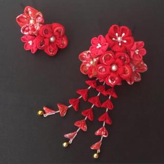 赤い花束♡ つまみ細工 七五三 卒業式 3歳 7歳(和装小物)