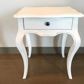サラグレース(Sarah Grace)のサラグレース アンティーク風 サイドテーブル(コーヒーテーブル/サイドテーブル)