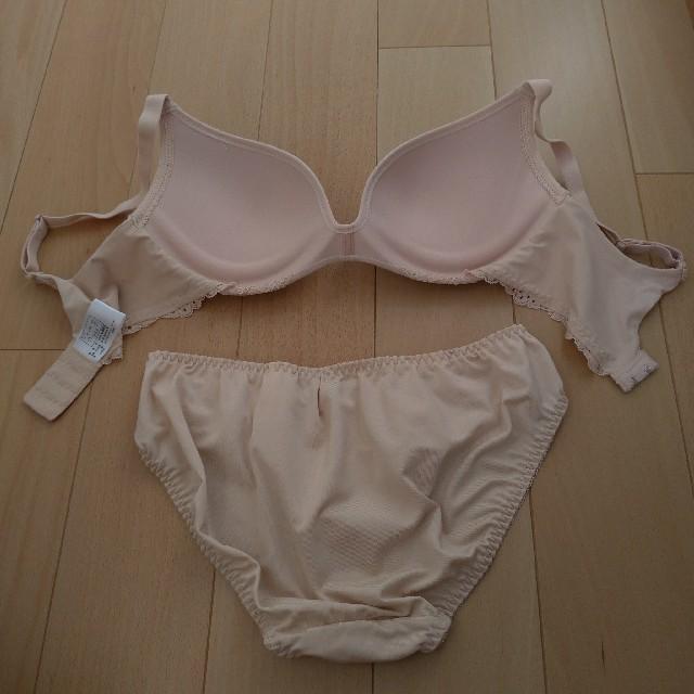 しまむら(シマムラ)のしまむら ワイヤー痛くないブラショーツセット レディースの下着/アンダーウェア(ブラ&ショーツセット)の商品写真