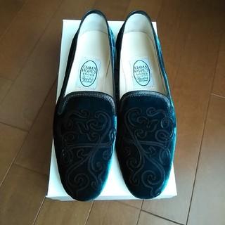 エマホープ(EMMA HOPE)のトゥモローランド購入エマホープ オペラシューズ新品(ローファー/革靴)
