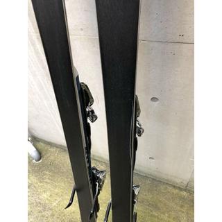 アトミック(ATOMIC)の基礎スキーをマスターする為の板です。特に小回りは、しやすくなってます。(ビンディング)