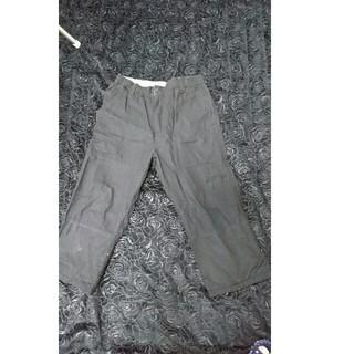 ジーユー(GU)の七分丈ズボン(スラックス)