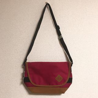 ジーユー(GU)の【新品未使用】GU ショルダーバッグ メッセンジャーバッグ(メッセンジャーバッグ)