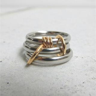 シルバー三重リング連結ゴールド 13号(リング(指輪))