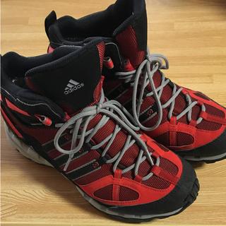 アディダス(adidas)の大幅値下げ中! 美品 adidas 登山靴 25cm GORE-TEX (登山用品)