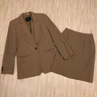 バーバリー(BURBERRY)の専用 バーバリー スカートスーツ(スーツ)