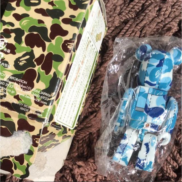 MEDICOM TOY(メディコムトイ)のベアブリック ape 青 猿 カモ フィギュア レディースのファッション小物(その他)の商品写真