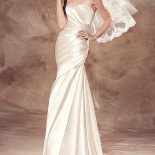ヴェラウォン(Vera Wang)の最終価格  ウェディングドレス*プロノヴィアス*未使用(ウェディングドレス)