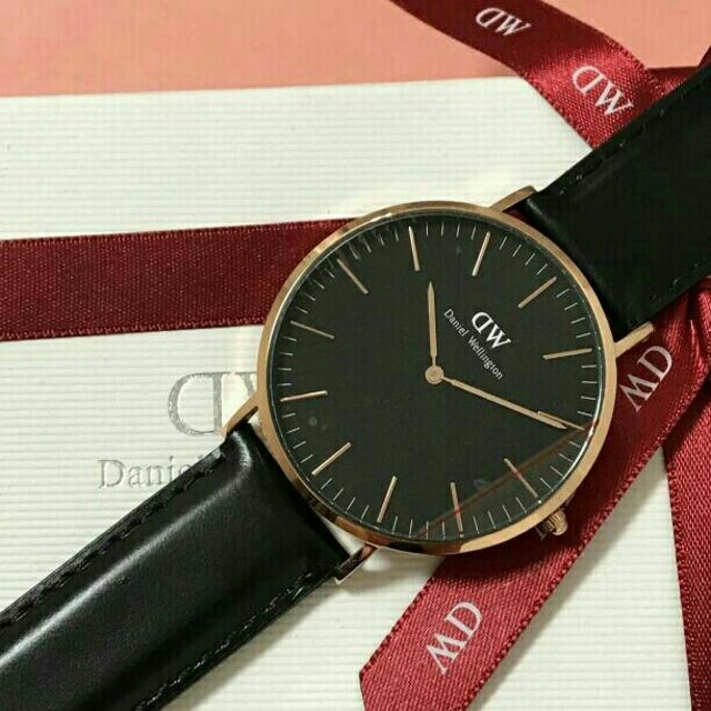 Daniel Wellington(ダニエルウェリントン)の【クラシック ブラック 36mm】正規品★限定版★ダニエルウェリントン 腕時計 メンズの時計(腕時計(アナログ))の商品写真