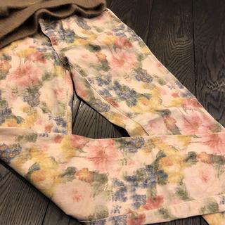 ダブルスタンダードクロージング(DOUBLE STANDARD CLOTHING)のダブルスタンダードクロージング花柄パンツ秋冬36(カジュアルパンツ)