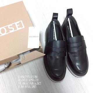 ステュディオス(STUDIOUS)の【STUDIOUS購入】PURPOSE配色ローファー✩︎新品24㌢(ローファー/革靴)