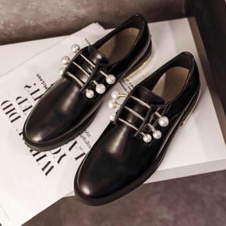 ドゥーズィエムクラス(DEUXIEME CLASSE)のゴールド×パール ドレスシューズ(ローファー/革靴)