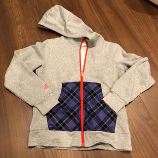 アディダス(adidas)の子供服 パーカー(ジャケット/上着)