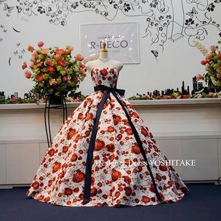ウエディングドレス(パニエ無料) 赤い花柄 披露宴/二次会(ウェディングドレス)