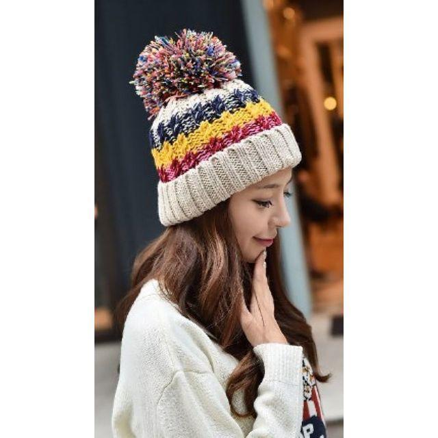 女性用 ニット帽 ニットキャップ【あったか裏地ポンポン付ボーダーニット帽】 b1 レディースの帽子(ニット帽/ビーニー)の商品写真