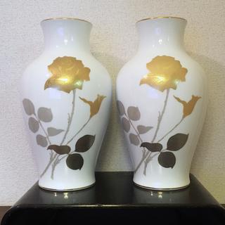 オオクラトウエン(大倉陶園)の大倉陶園 金蝕バラ 花瓶 36㎝(花瓶)
