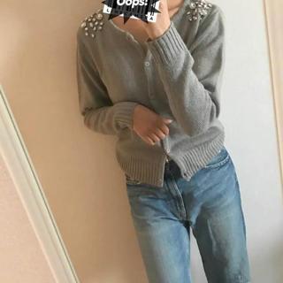 ツインルーム(TWNROOM)のビジューカーデ♡美品♡ザラ、マウジーなど好きな方(カーディガン)