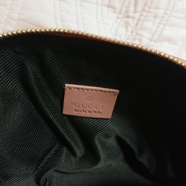 0c500224284e Gucci - GUCCI グッチ ポーチ ピンクの通販 by Mikan's shop グッチなら ...