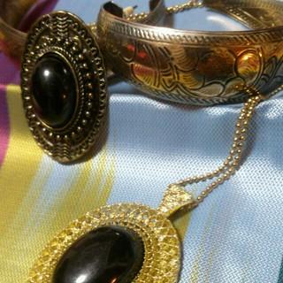 アナップラティーナ(ANAP Latina)のゴールドエジプト ピアス 指輪(ピアス)