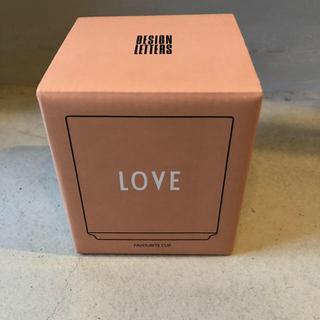 アルネヤコブセン(Arne Jacobsen)のデザインレターズ LOVE カップ (食器)